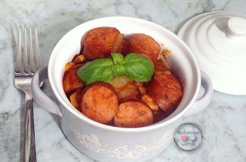 kiełbasa w sosie pomidorowym- Przepis