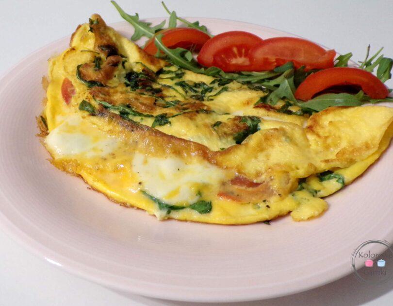 omlet z mozzarellą