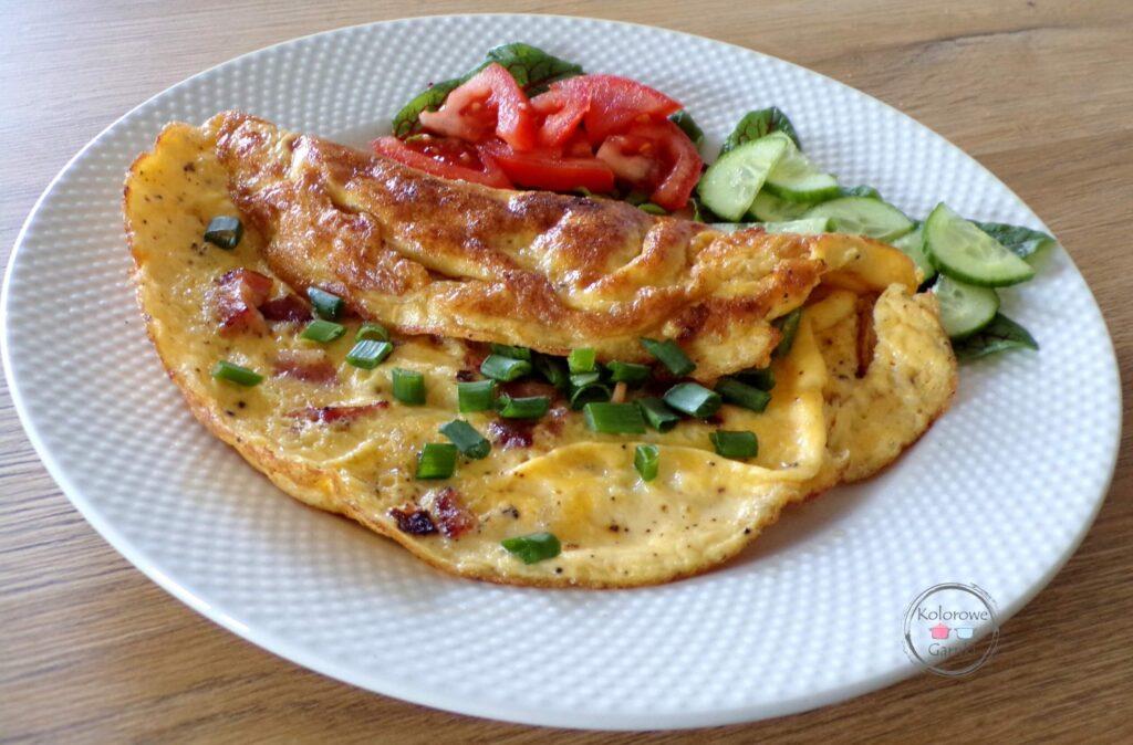 omlet z boczkiem