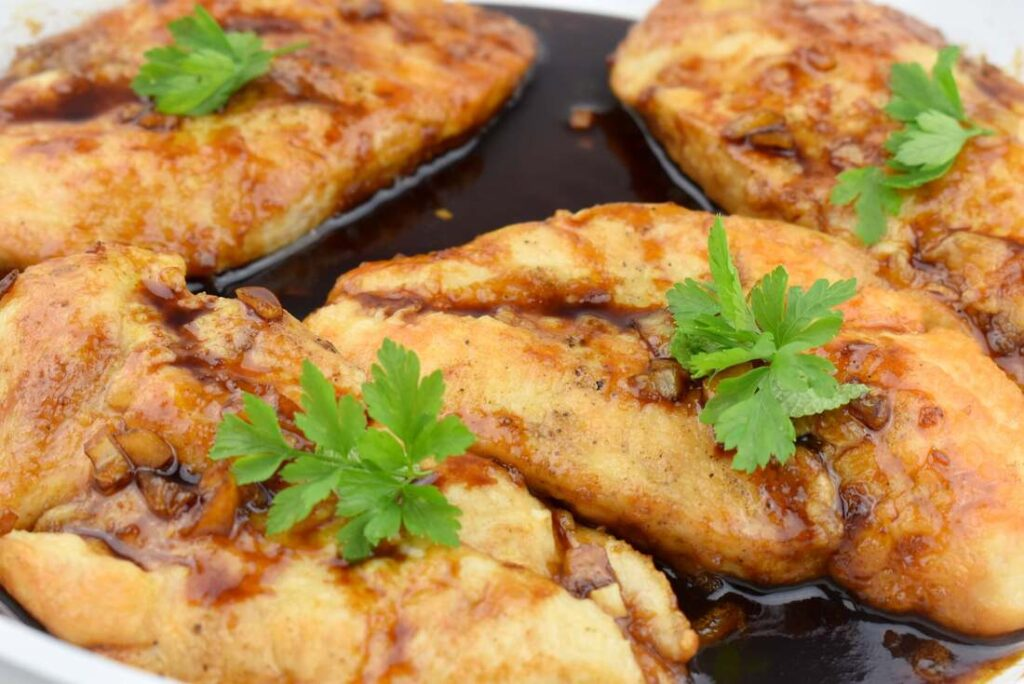 pierś z kurczaka w sosie miodowym
