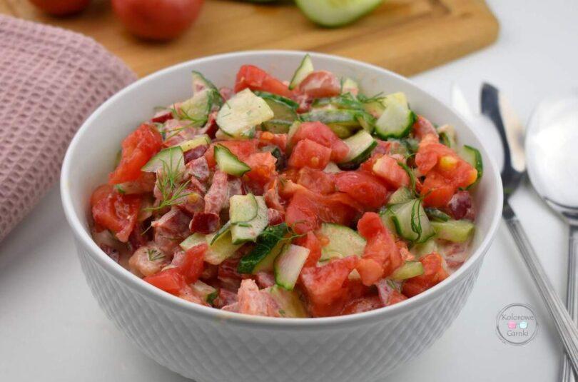 Sałatka z papryki i pomidora