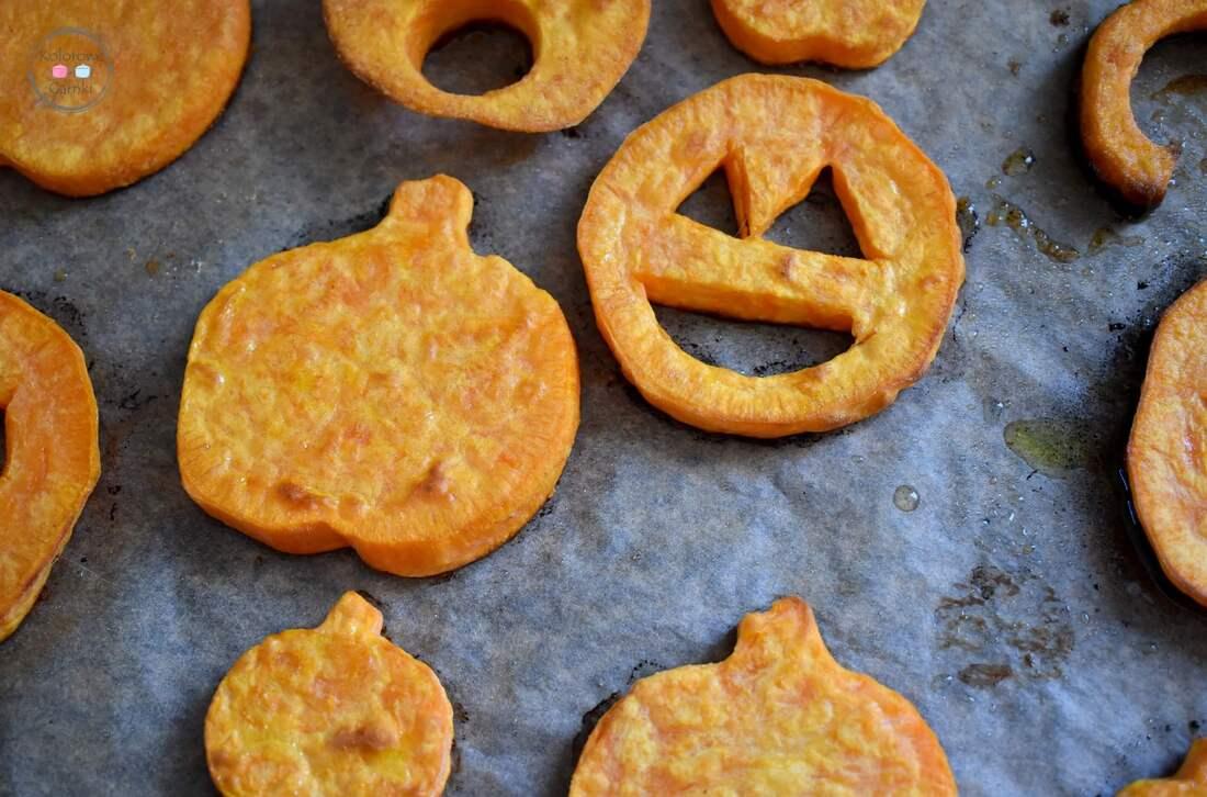 Pieczone bataty na halloween